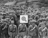 Soldados chineses em marcha.